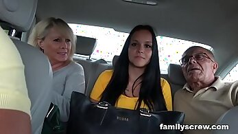 Brandi Belle mom ready to be fucked by marionette and grandpa daughter