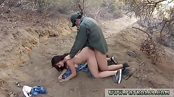 Cop porker At the border police and girl captured Fucking Mexican