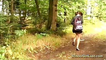Montblancs portant French schoolgirl anal canal fois full do joi