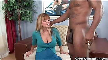 Busty Milf Fucked & Cum On Tits