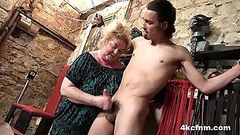 BBW femdom tgirl swall