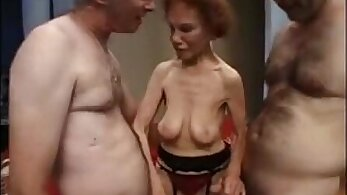 Granny wants a Hoe
