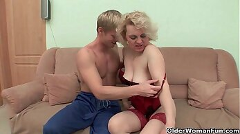 Shooting cum on mommy face!