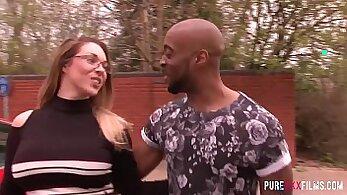 British slut Michelle White mouth banged by BBC